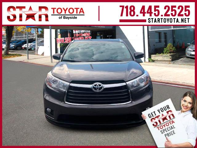 Pre-Owned 2016 Toyota Highlander AWD 4dr V6 XLE (Natl)