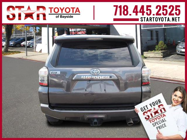 Certified Pre-Owned 2017 Toyota 4Runner SR5 4WD (Natl)